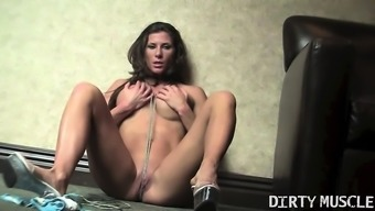 Fit Ariel Simply by Utilizes Piece of string to actually Masturbate