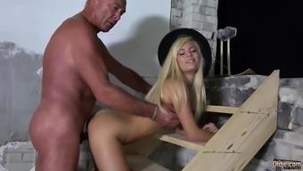 Grandpa bangs young adult blond licks pussy licks great cumshot