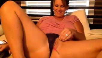 Plus-size woman warm masturbation