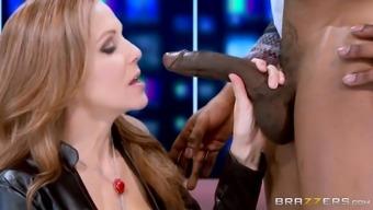 julia ann kissing great optimal lift on live tv screen