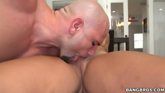 adrian maya gets her fat macronutrients ebony pussy licked and stroked