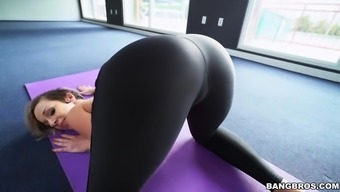 jada stevens revealed her stupid ass whereas performed this type of fitness exercises