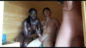 african-american amazon fucked in sizzling sauna