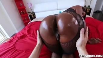 gem jackson gets her big black stupid ass worshipped
