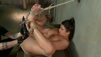 chunky victim whore penny hair dresser cums hard on master's mighty fists