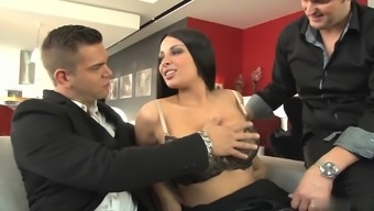 Anissa Kate hasn't had intercourse along with anyone other than her husband