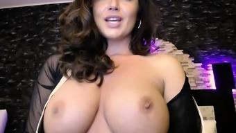 Maddy Oreilly describing a cock with the use of major boobs milf Kendra Lechery