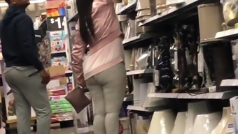 Latina Pickings in Gentle Leggings