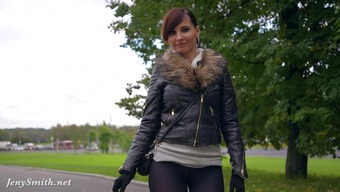 Jeny Smith pantyhose firing in public square. inflation buttocks and public irregular