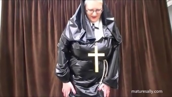 Precisely what does a nun choose within her practice!!!!