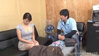 Horny pornography hottie Nao Katoh interests to obtain nailed very difficult and doggystyle