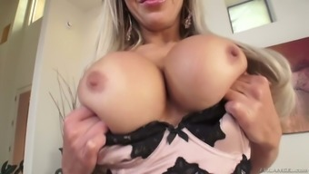 Nina Elle fucks such as a pro also in general is a very cute date