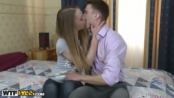 Really beautiful damsel Hanna gets her pussy licked and fucked in young adult intercourse online video