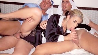 Demia Anchor, Kinky Maid loves DP