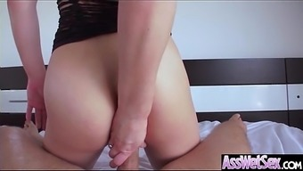 Big Booty Love (Dahlia Atmosphere) Get Oiled Up And Hard Analy Nailed On Cam mov-19