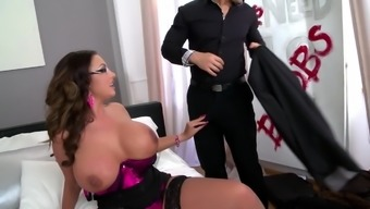 Busty Emma Butt wants to fuck with two friends at once