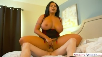 Juggy mommy Sheridan Love seduces her stepson and fucks him like nobody else before