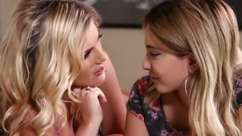 Lusty MILF Sasha Heart shows charming Jane Wilde how to masturbate pussy