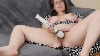 Big tits Persistence Masturbating Her Hairy Twat