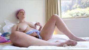 Man Beauty Vera Blue Rubs Her Furry Grasp
