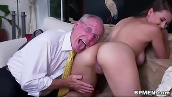 Big tits Pupil Ivy Rose traveled to everybody to effectively face fuck and fuck a number of old dick.