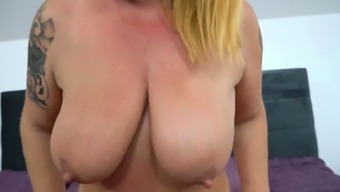 Gilfs big titties nut soaked