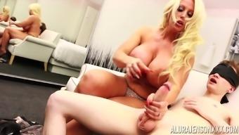 Huge-titted blonde girl Alura Jenson having her coochie boinked