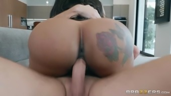 moriah mills smoothies her major ass located on the hard junk