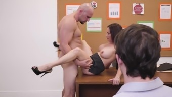 Diamond gem Foxxx distributes legs at once for penis while they are the office