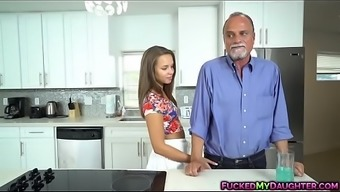 Liza Rowe addicted and fucked using an more aged guyLITY Give you MP4[0]