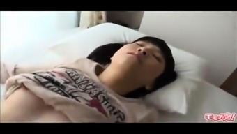 Oriental teenager gives a mania blowjob