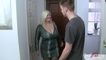 Horny mature blonde lady got fucked hard by handy youngster