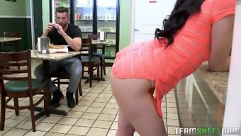 Lewd raven haired Mandy Muse lures dude in the cafe to work on his dick