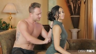 Ariana Marie is going to put her soft gentle lips to use