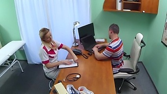 Sexy medical clinic worker seduces the IT guy in the exam room