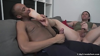 Interracial gay porn with two guys who share weird foot fetish
