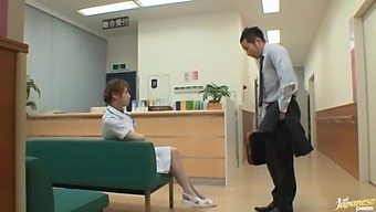 Fit Asian doctor Akiho Yoshizawa spreads her legs for a quickie