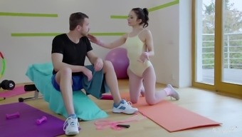 RELAXXXED - Naughty Italian language baby Valentina Bianco gets pussy licked in that case fucked in health club