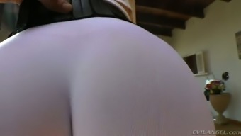 Plus sized dirty-minded auburn MILF in qi gong jeans enhance her inflation stupid ass