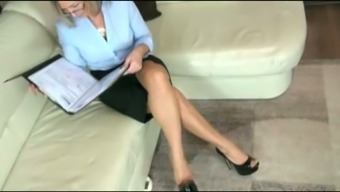 Beginner blond milf contributes with cock and is situated given on my have to face