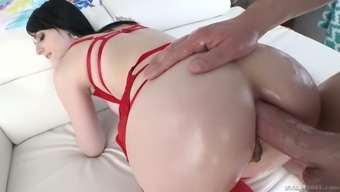 throat gagging BJ session turns out with the use of steamy analfuck along with contaminated Alex Harper