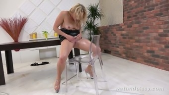 Ardent blond head with rounded ass Brittany Bardot is good at some kinky solo