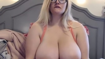 sacred woman of Containers magnificent great boobs blonde