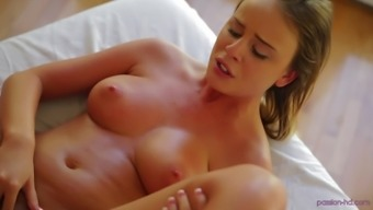 Stunning Alexis Adams gets her cunt massaged with a big dick