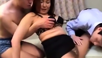 Toying blowjob sucking from asia Eastern