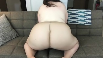 Amateur BBW in Nude Pantyhose Shows off Feet Ass and Hairy Pussy and Cums